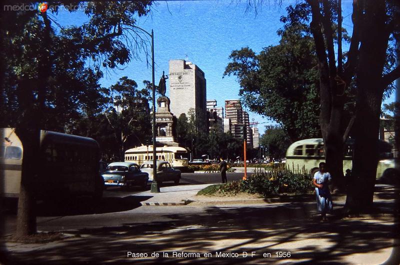 Paseo de la Reforma en Mexico D F en 1956