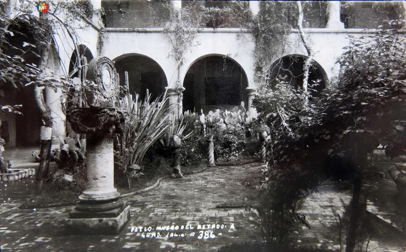 PATIO DEL MUSEO DEL ESTADO circa 1930-1950