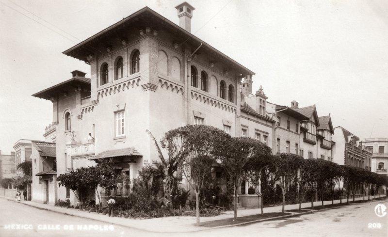 Calle de Nápoles