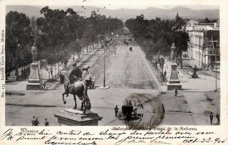 Paseo de la Reforma y Monumento a Carlos IV (El Caballito)