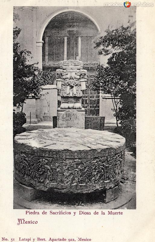 Piedra de Sacrificios y Diosa de la Muerte