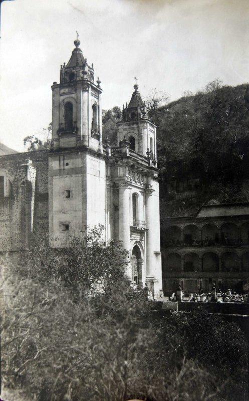 BELLA Iglesia no Identificada