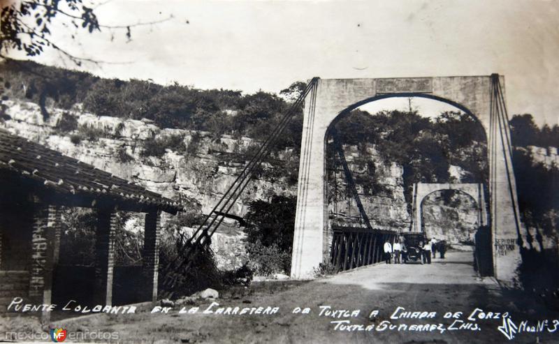 Puente colgante entre Tuxtla Gutierrez y Chiapa de Corzo