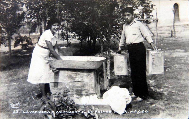 Tipos Mexicanos Lavandera Y Aguador