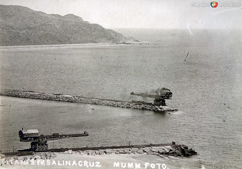 Titanes en el Puerto