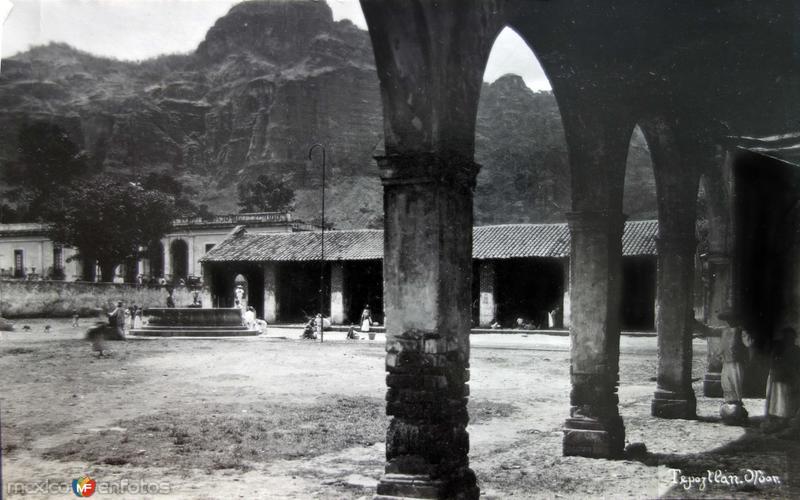 Portales y La plaza