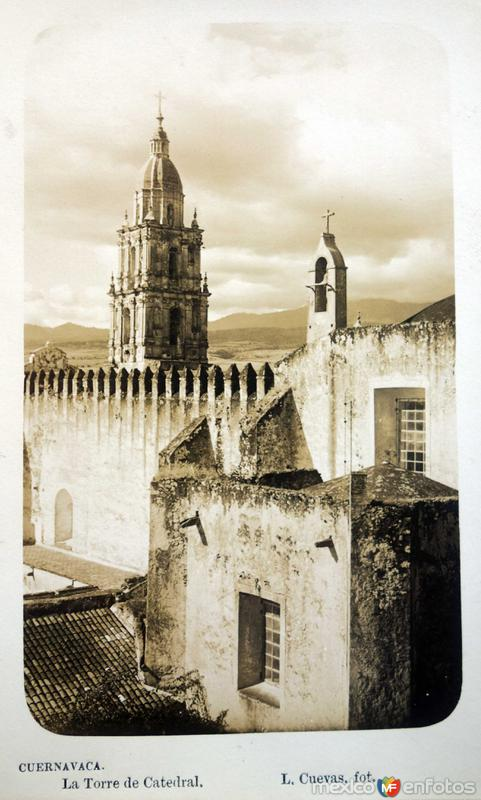 La Torre de Catedral por el fotografo L Cuevas