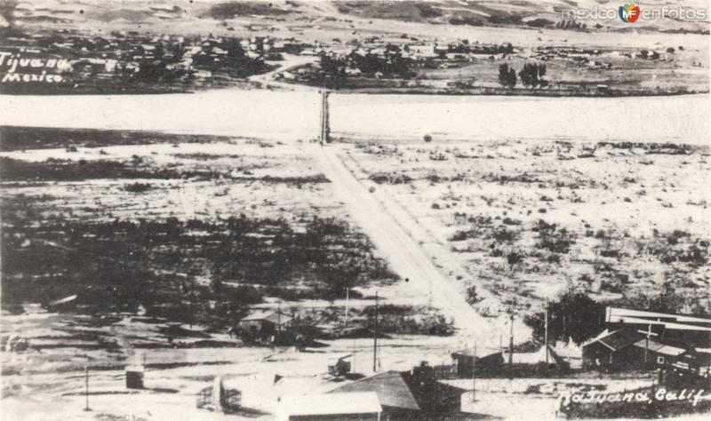 Zona de cruce fronterizo México-USA y Río Tijuana