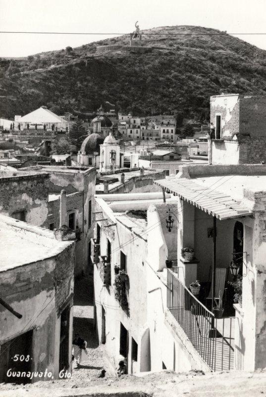 Vista panorámica de Guanajuato, hacia el cerro del Pípila