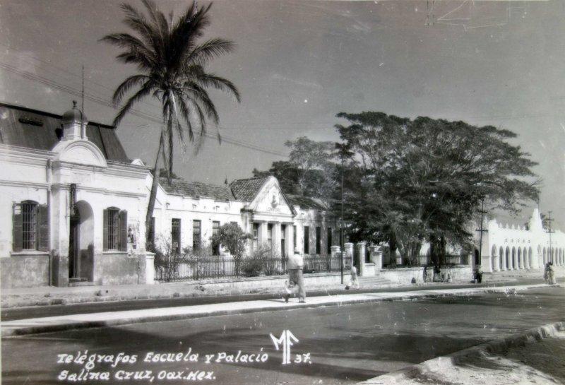 Telegrafos Escuela y Palacio