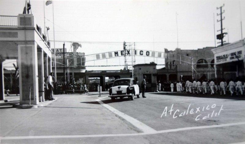 Entrada Fronteriza a Mexicali desde Calexico