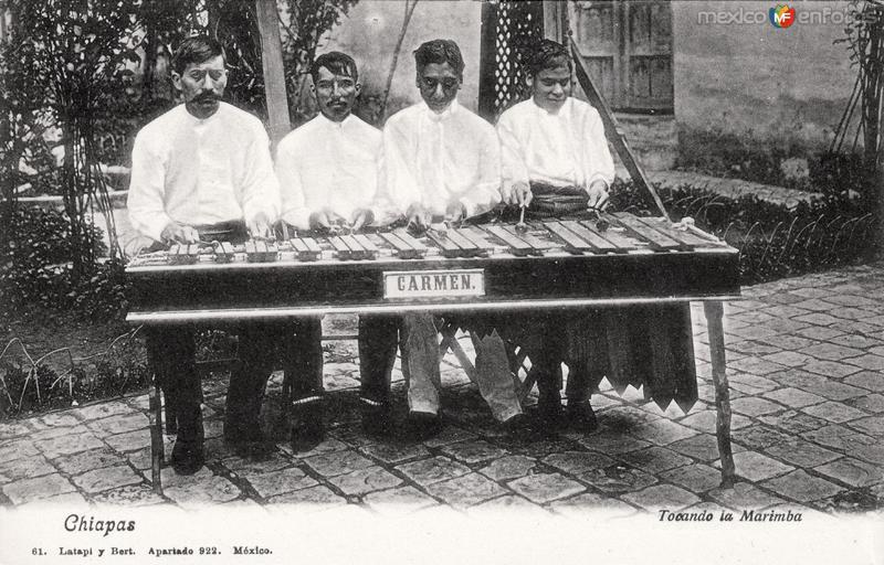 Marimba típica de Chiapas