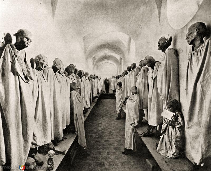 Momias en el Panteón Municipal