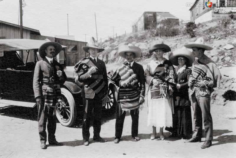 Gupo de turistas en Tijuana