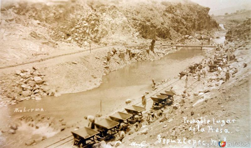 El Rio Lerma y lugar planeado para la costrucción de la presa en Tepuxtepec