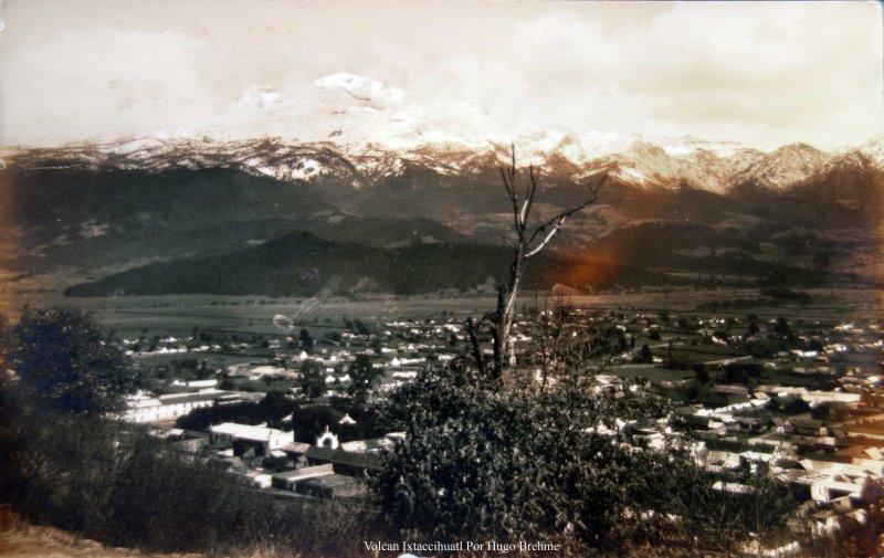 Volcan Ixtaccihuatl por el fotografo Hugo Brehme