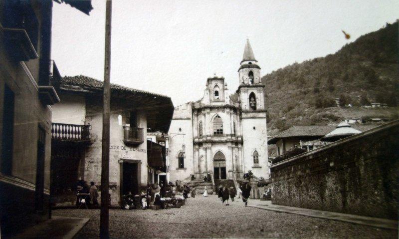 Templo de San Simón Apóstol, en Angangueo Michoacán