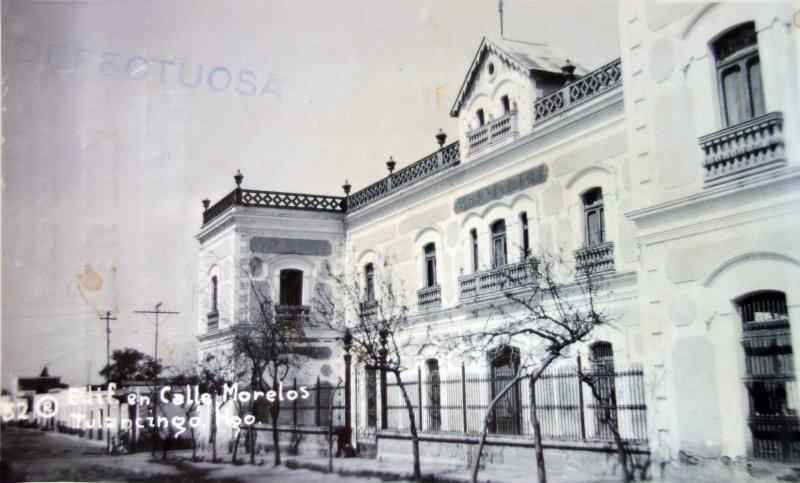 Edificio en Calle Morelos.