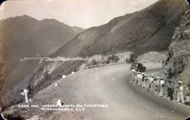 Carretera Mexico- Laredo curvas del Purgatorio.