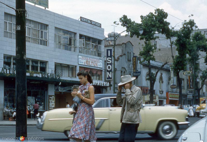 Avenida de los Insurgentes a la altura de Avenida Sonora (1954)