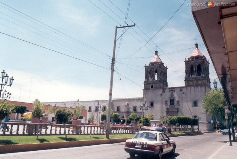 calle Andres Delgado fotografía de los años 1980
