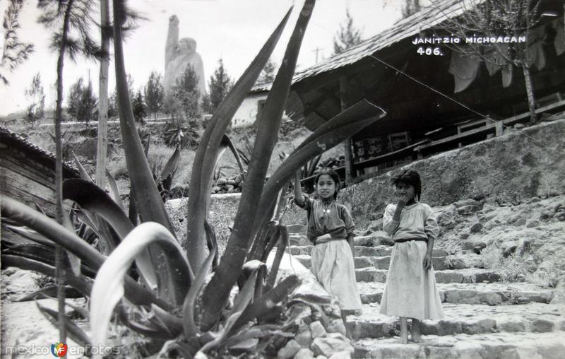 Tipos Mexicanos Nativas de Janitzio.