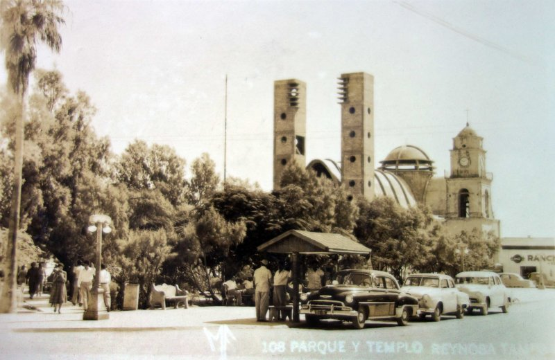Templo y parque.