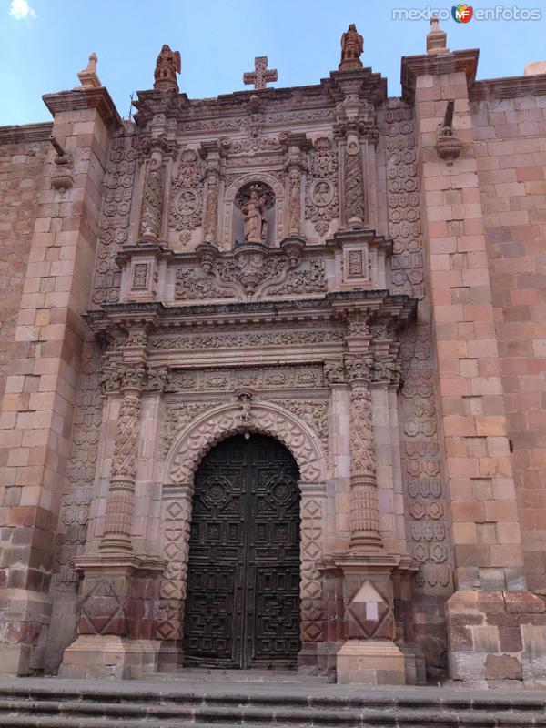 Puerta lateral de la Catedral de Zacatecas. Abril/2017