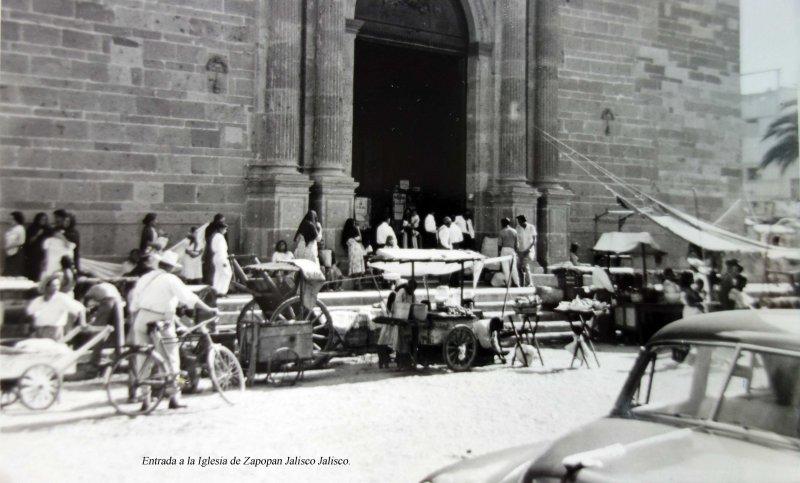 Entrada a la Iglesia de Zapopan Jalisco Jalisco.