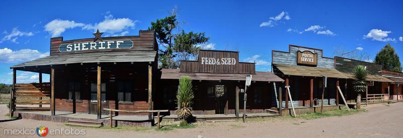 Antiguo set cinematográfico, hoy abandonado.