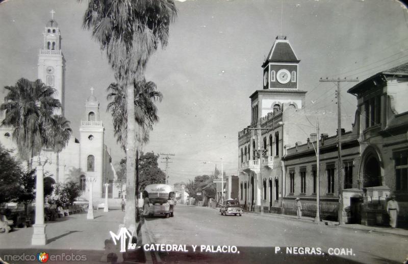La Catedral y Palacio.