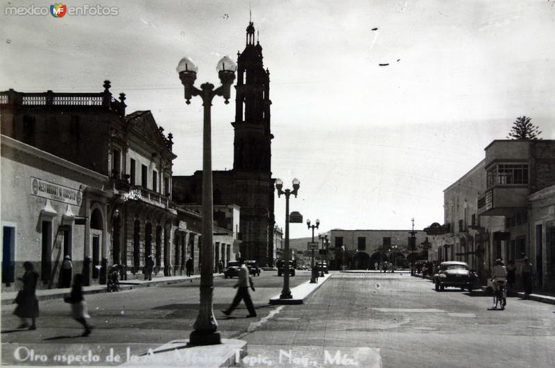 Otro aspecto de la  Avenida Mexico.