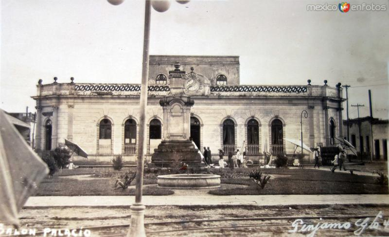 Salon Palacio Penjamo Guanajuato.