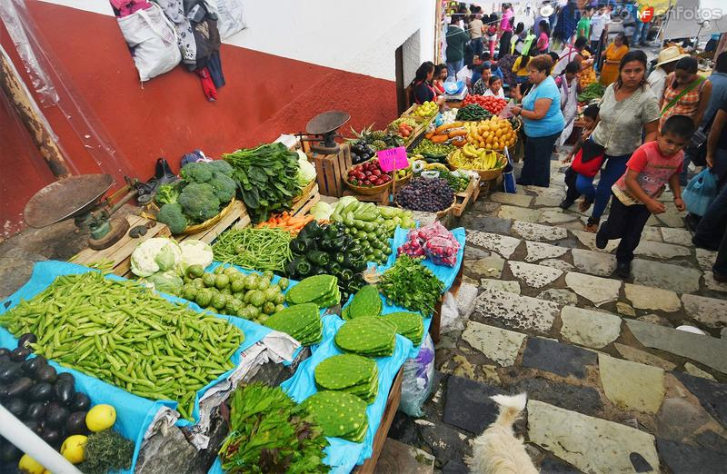 Tianguis dominical