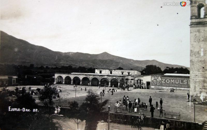 Panorama de la Plaza.