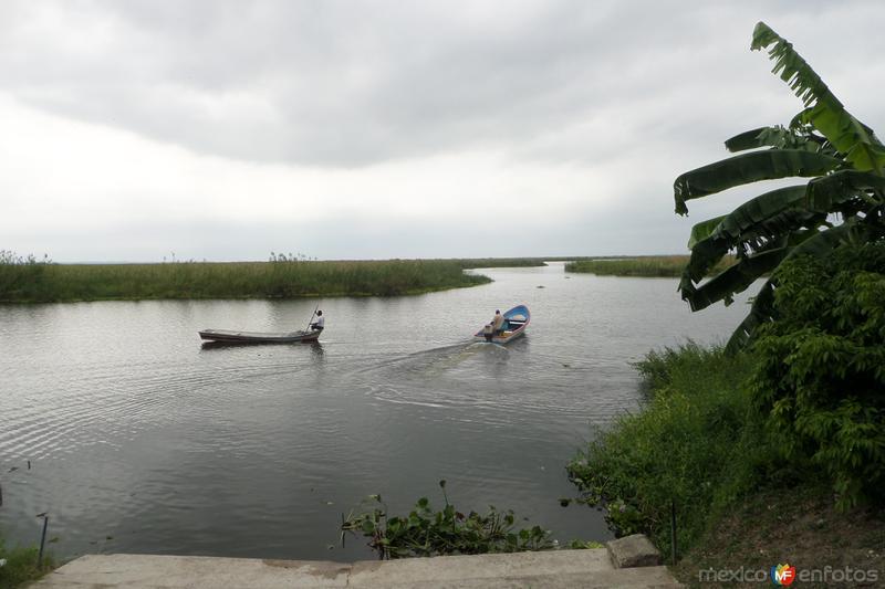 Laguna del Champayan