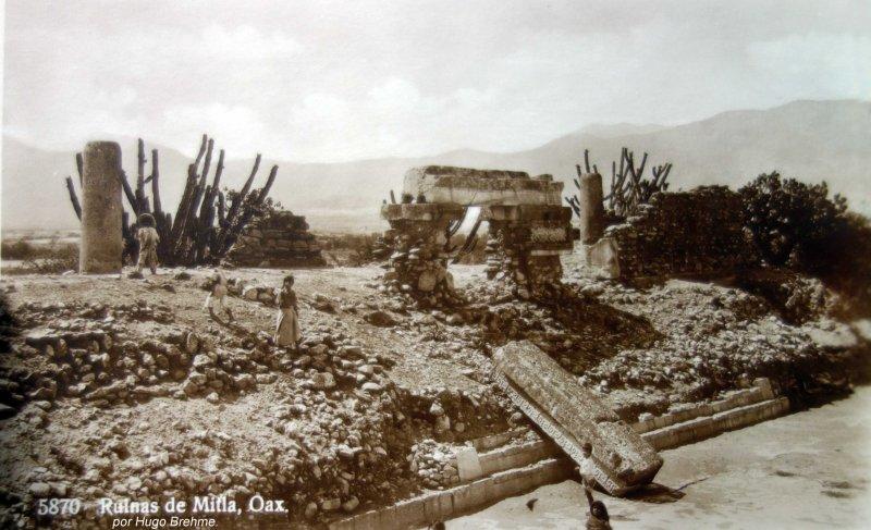 Las Ruinas Arqueologicas de Mitla por Hugo Brehme.