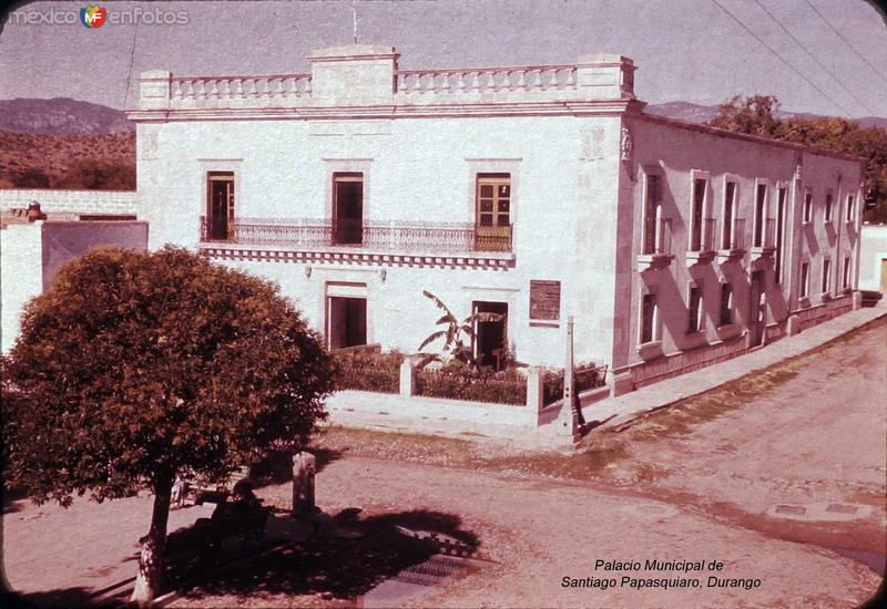 Palacio Municipal de Santiago Papasquiaro, Durango 1956