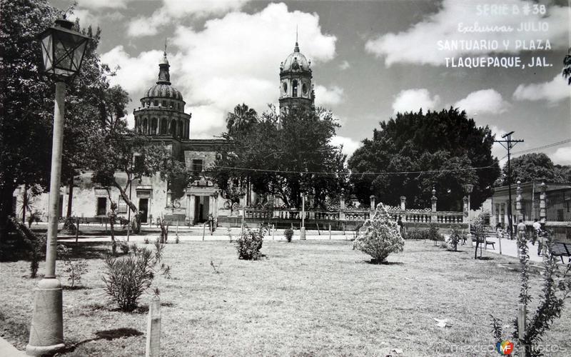 Santuario y Parroquia.
