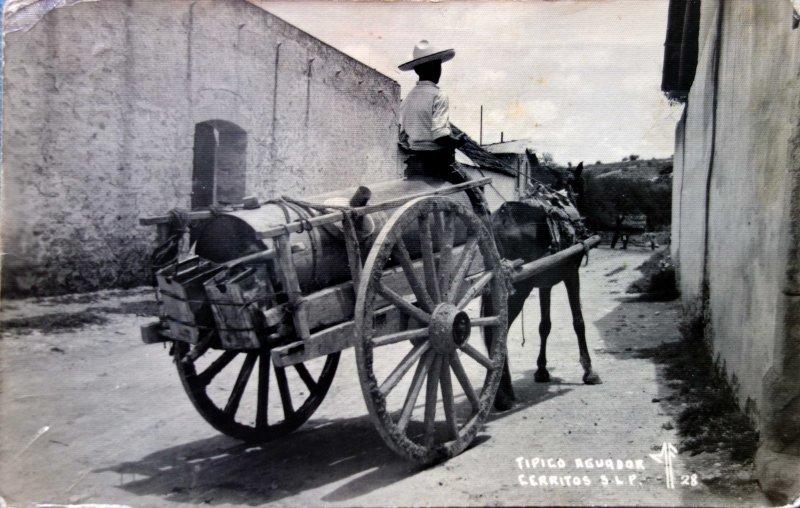 Tipos Mexicanos tipico aguador ( Circulada el 9 de Enero de 1943 ).
