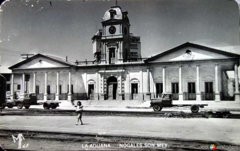 La Aduanaa.