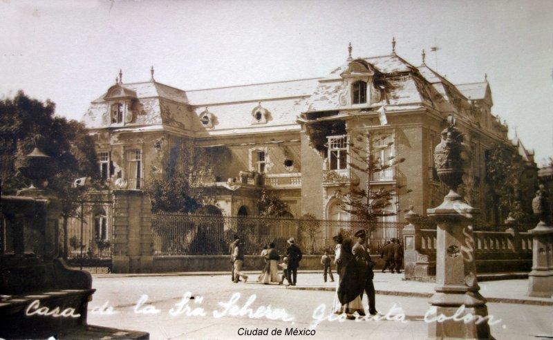 Casa de la señora Scherer durante La decena tragica ( 1913 ).