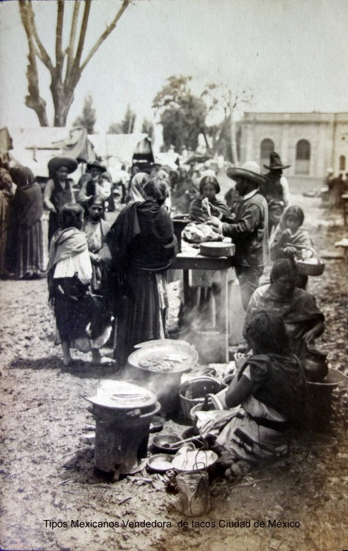Tipos Mexicanos Vendedora  de tacos Ciudad de México.