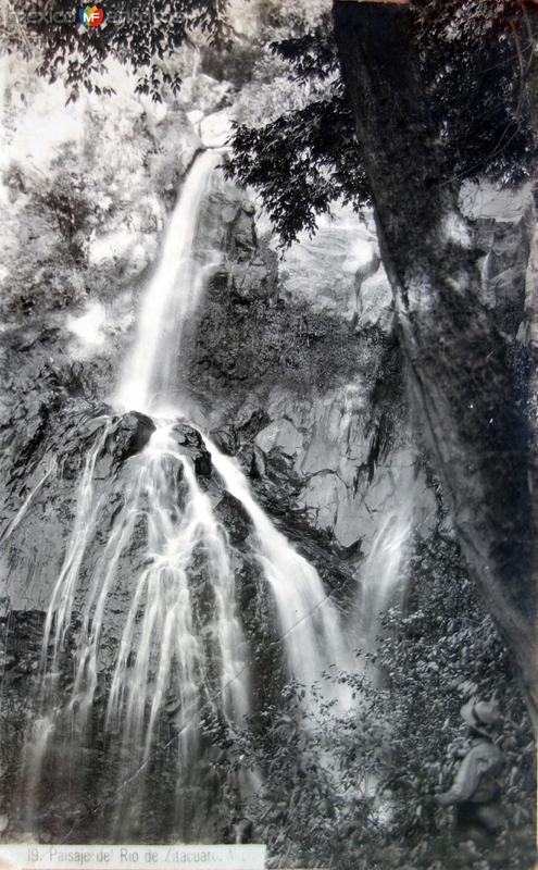 Paisaje del Rio de Zitacuaro.