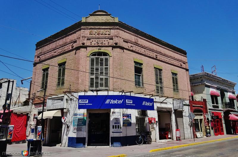 Edificio R. Pérez