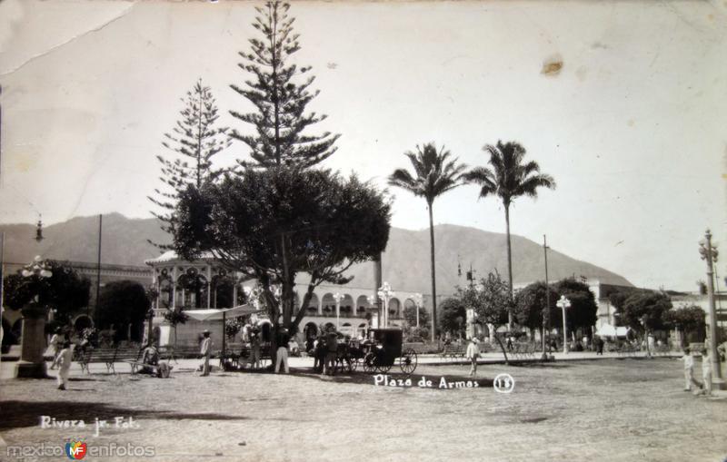 Lugar no identificado Plaza de Armas.