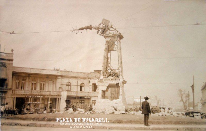 Plaza de Bucareli Durante la Decena Trágica (1913). Ciudad de México