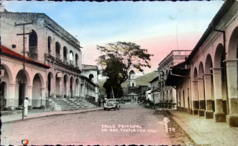 Calle principal ( Circulada el 10 de Julio de 1942 ).