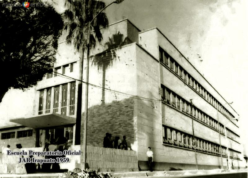 Escuela Preparatoria Oficial Irapuato 1966