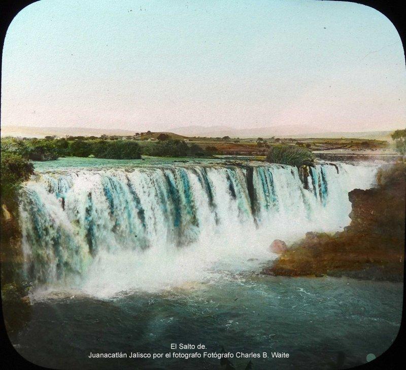El Salto de. Juanacatlán Jalisco por el fotografo Fotógrafo Charles B. Waite.